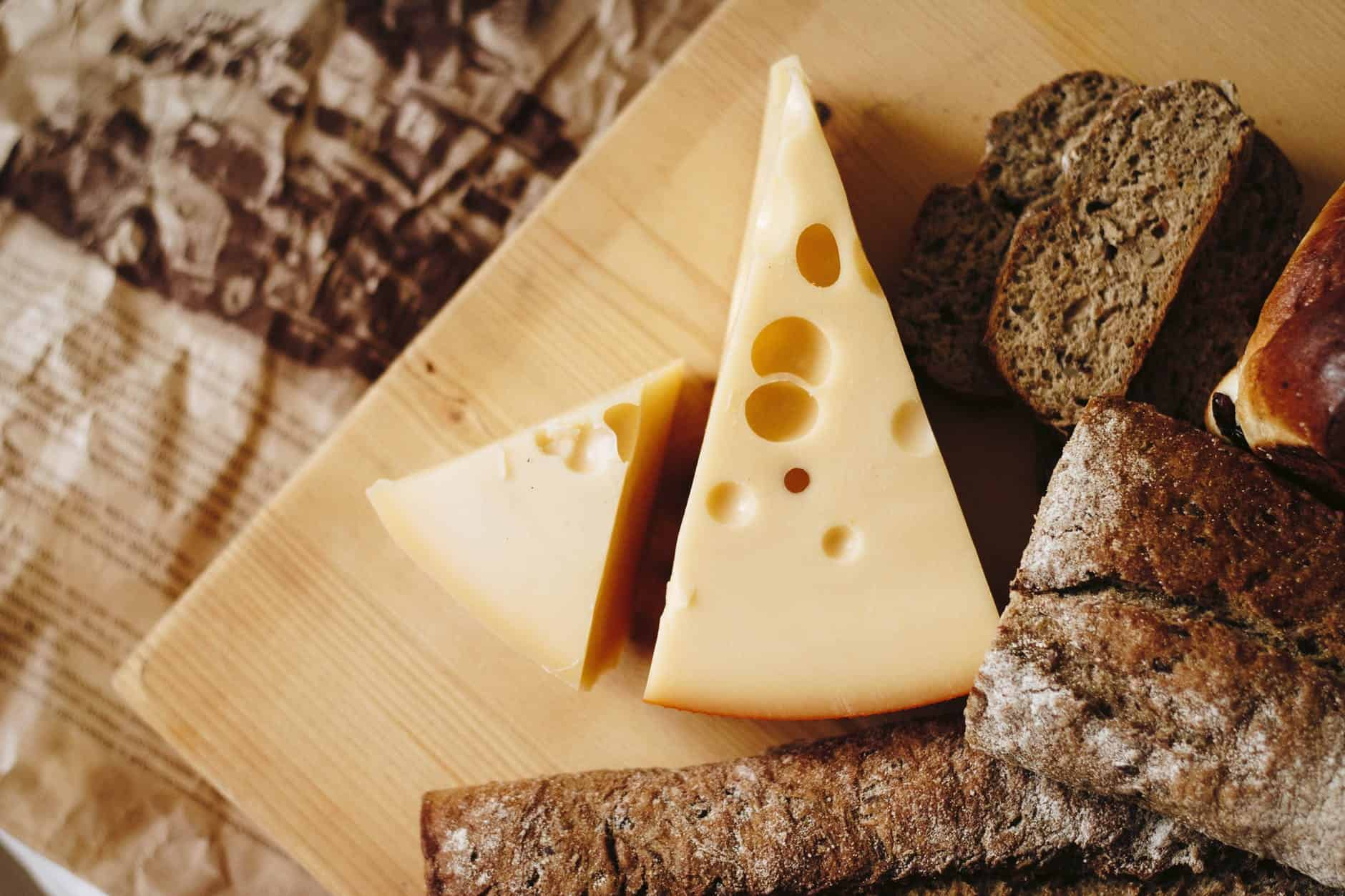 Ways To Find Out Good Quality Cheese 1